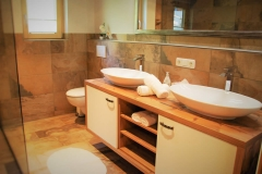 Badezimmer 1 - Bild 1